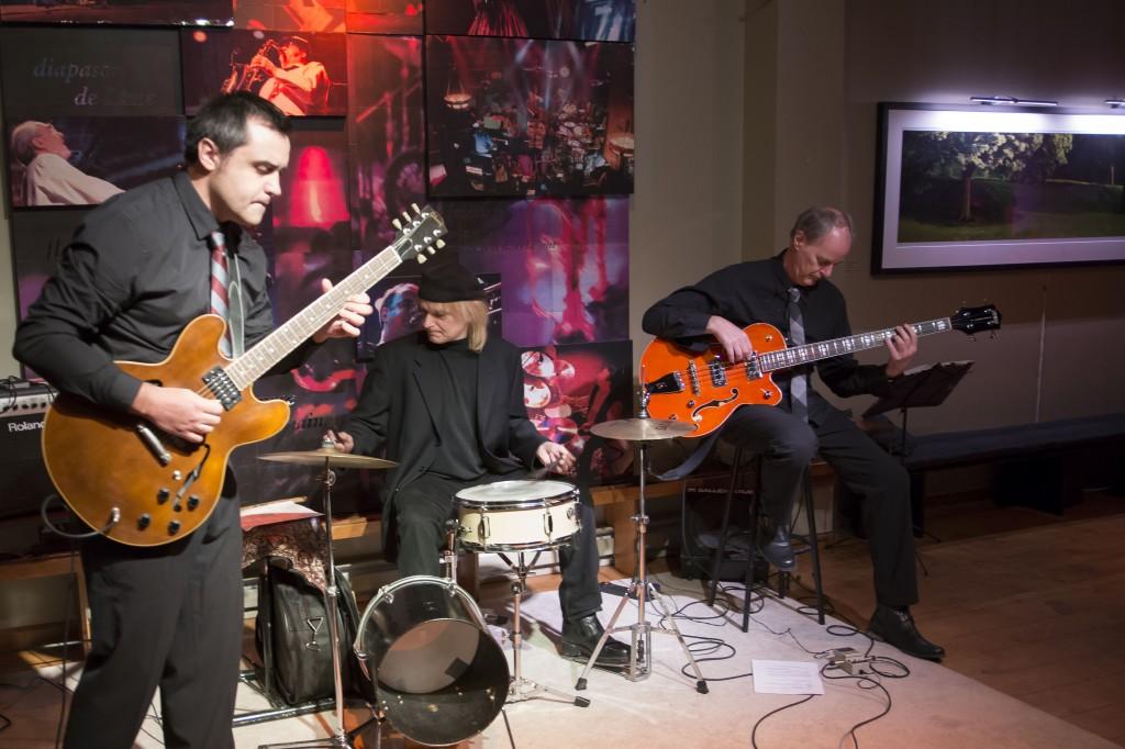 Marcel A Trio 6